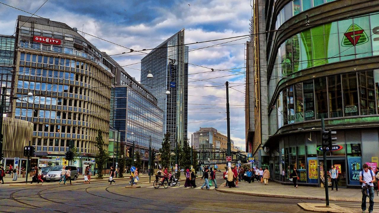 SEMINAR  Public space: sensing, presence & atmospheres